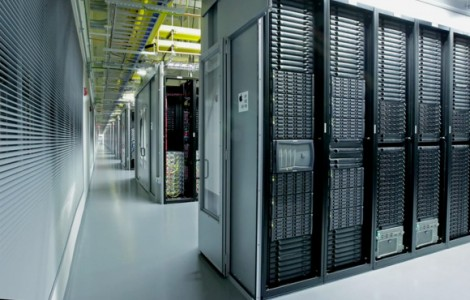 icloud-data-center-maiden-servers-2