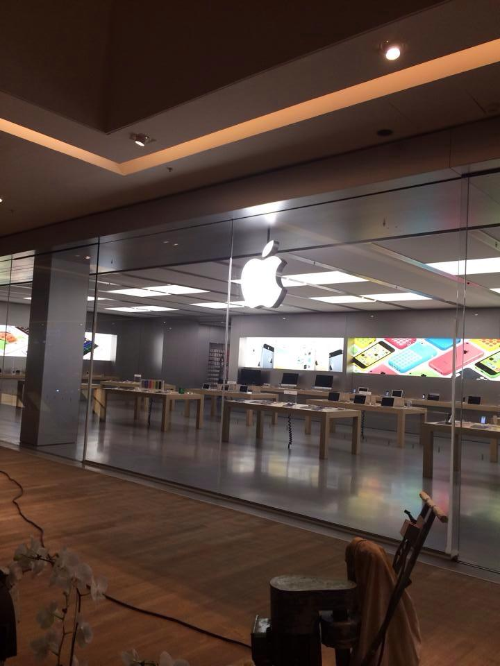 Apple-Store-VillageMall-preparativos-2