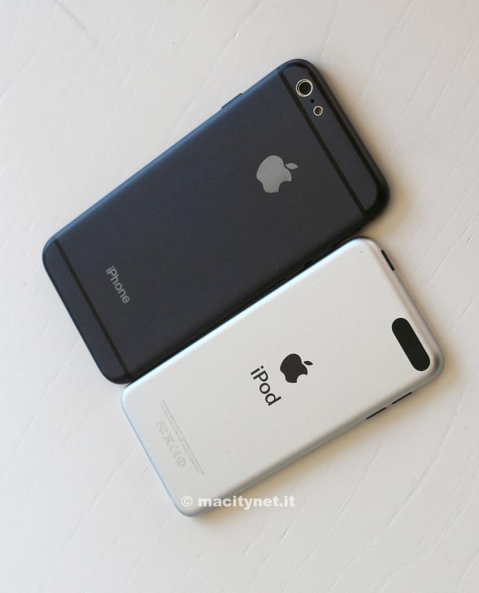 mockup-de-iphone--6-vs-ipod-touch-5