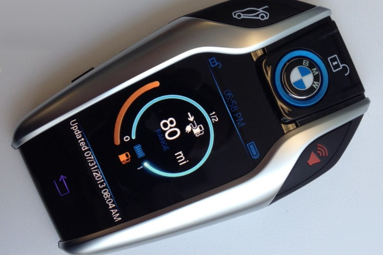 BMW-i8-Schluessel-Displayschluessel-Display-Key-Galaxy-Gear-750x500