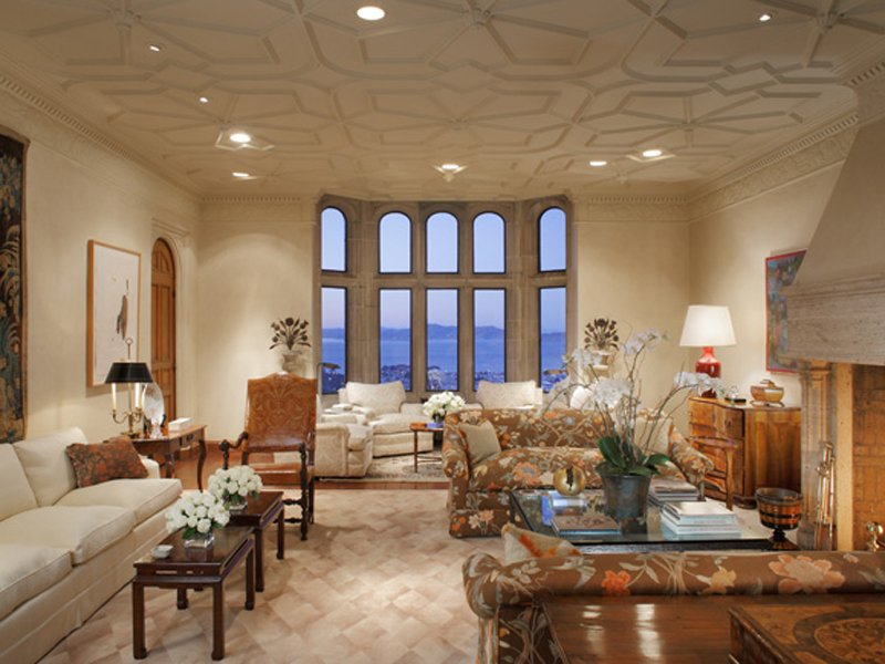 the-formal-sitting-room-has-a-lovely-pattern-on-the-ceiling