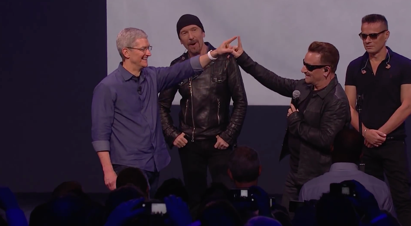 tim-cook-bono-keynote