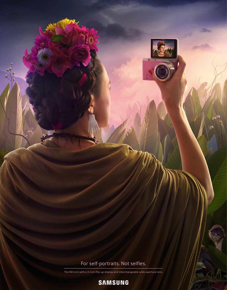 samsung-nx-mini-camera-self-portraits-not-selfies-2