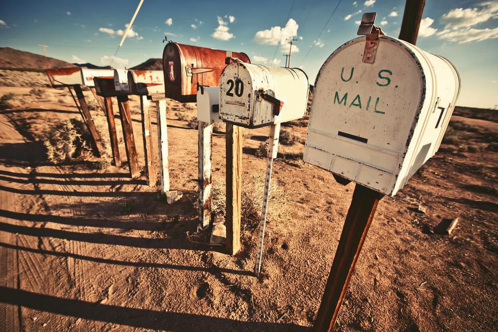 shutterstock-mailbox